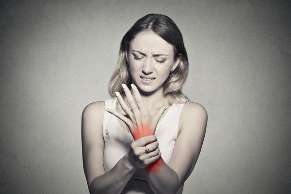 抱っこが原因?産後に多い腱鞘炎でお悩みの方へ|京都洛西口・桂川の整体院【中丸整体カイロプラクティック】