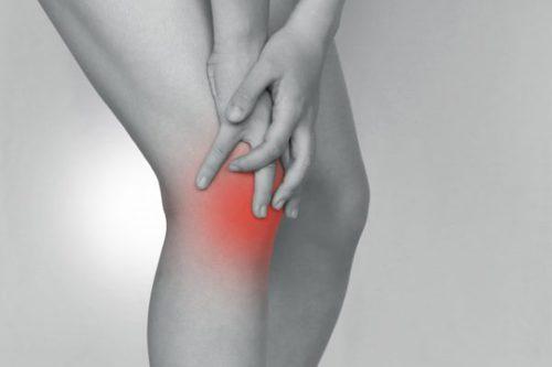 膝の外側の痛みに悩む 画像