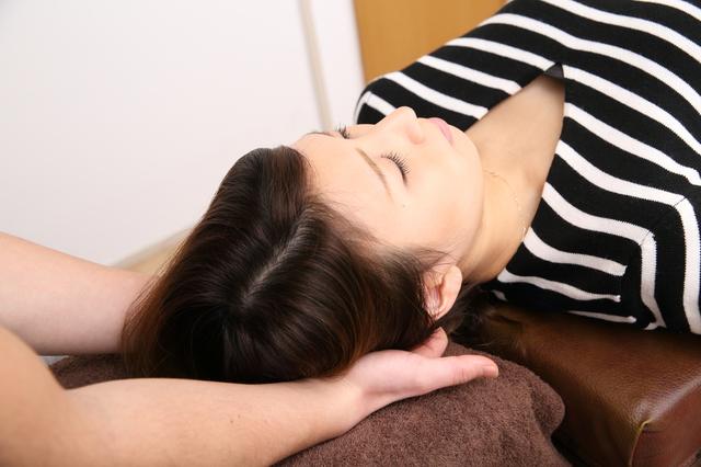 洛西口・桂川の当院の後頭部頭痛の施術
