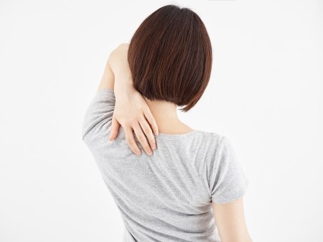 背中の痛み・背中のハリのことなら  洛西口・桂川の京都中丸整体カイロプラクティックへ