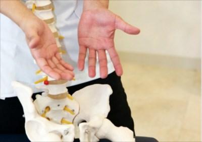 実は怖い骨盤の歪み...骨盤矯正が大切な理由