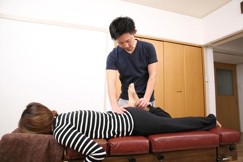 産後の膝の痛みの施術